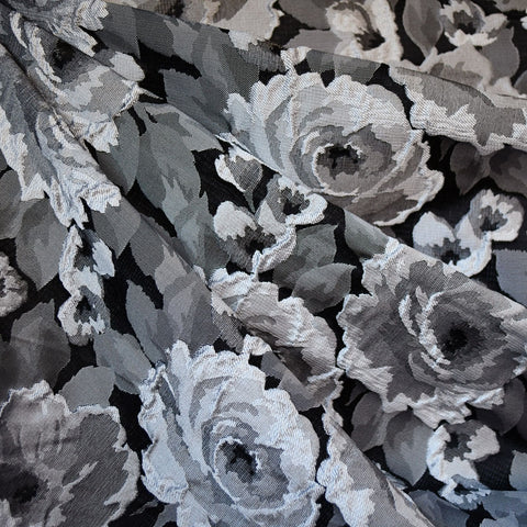 Dimensional Rose Jacquard Silver/Black