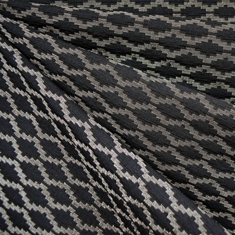 Metallic Geometric Jacquard Black/White Gold