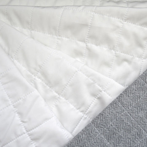 Flannel Backed Quilted Nylon Coating Winter White/Grey