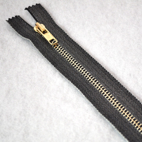 Metallic Accent Zipper 8 inch Gunmetal/Gold
