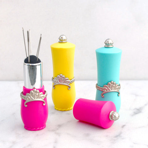 Crown Lipstick Needle & Pin Case