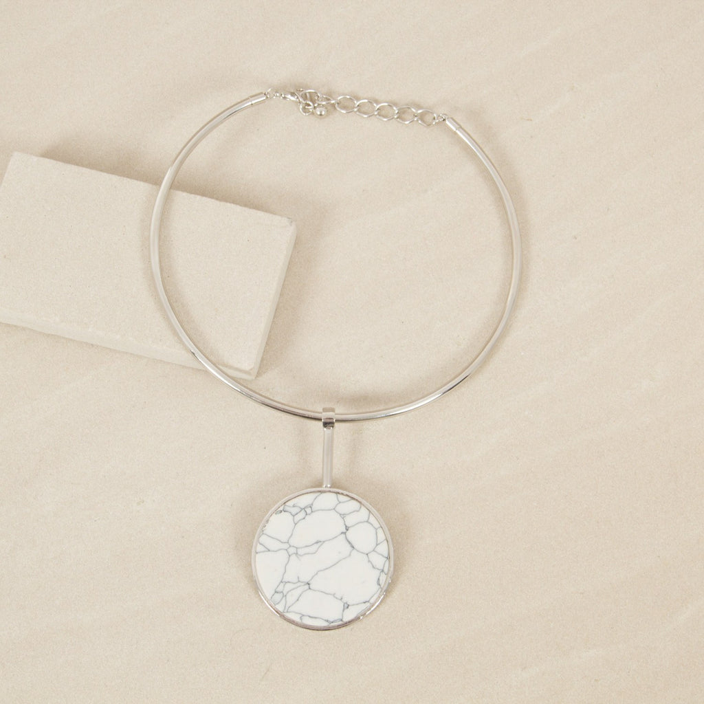 Stone Circle Pendant Metal Collar Necklace - Silver - Willow Rose Boutique