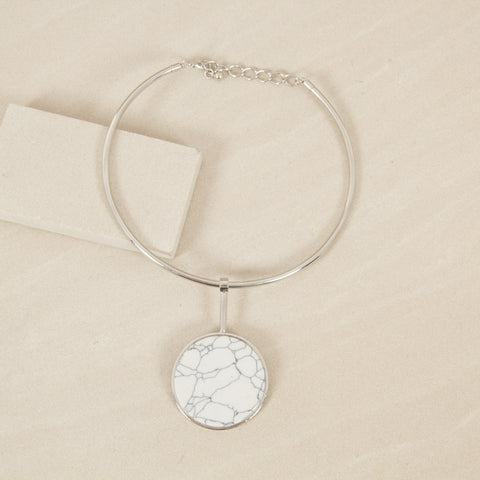 Stone Circle Pendant Metal Collar Necklace - Silver