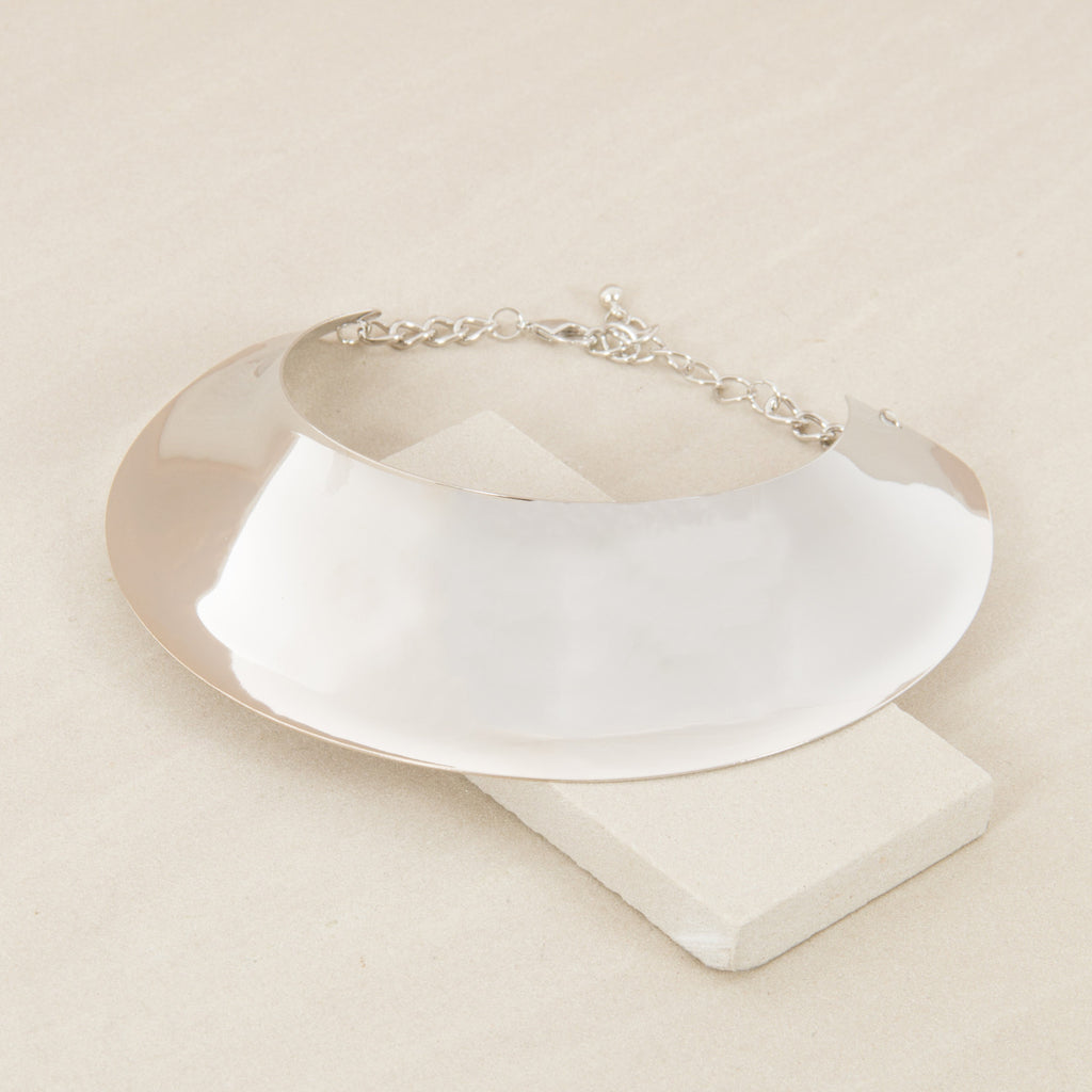Futuristic Curved Oval Metal Collar - Silver - Willow Rose Boutique