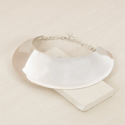 Futuristic Curved Oval Metal Collar - Silver