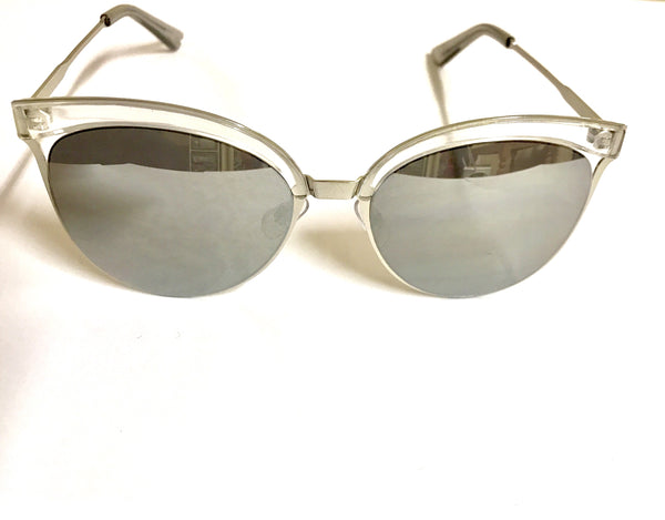 Retro Sunglasses - Clear - Willow Rose Boutique