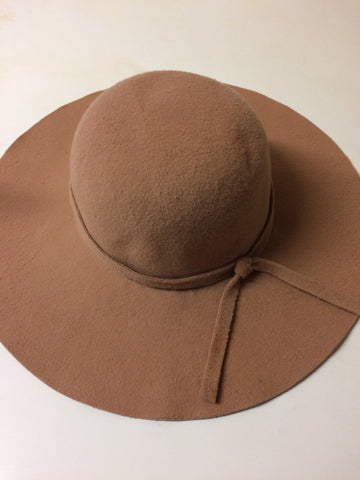 Beige Hat (Pre-Order) - Willow Rose Boutique