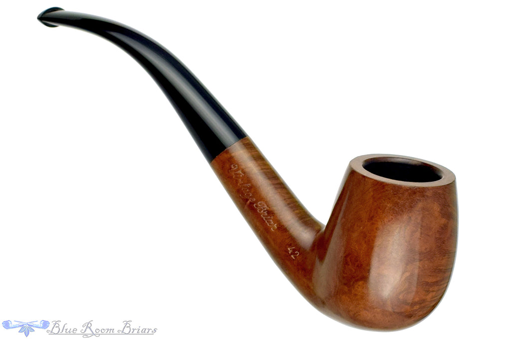 Blue Room Briars is proud to present this Sunrise  Amber Grain 42 1/2 Bent Billiard Estate Pipe
