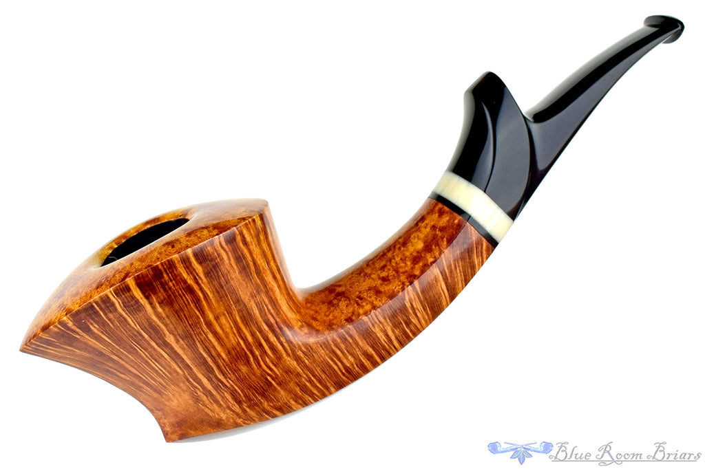 Blue Room Briars is proud to present this Jesse Jones Pipe Large Smooth Flying Dutchman