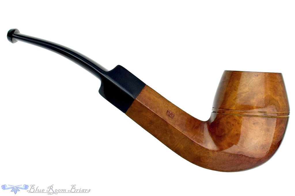 Blue Room Briars is proud to present this La Strada Tempo 94 1/2 Bent Bulldog Estate Pipe
