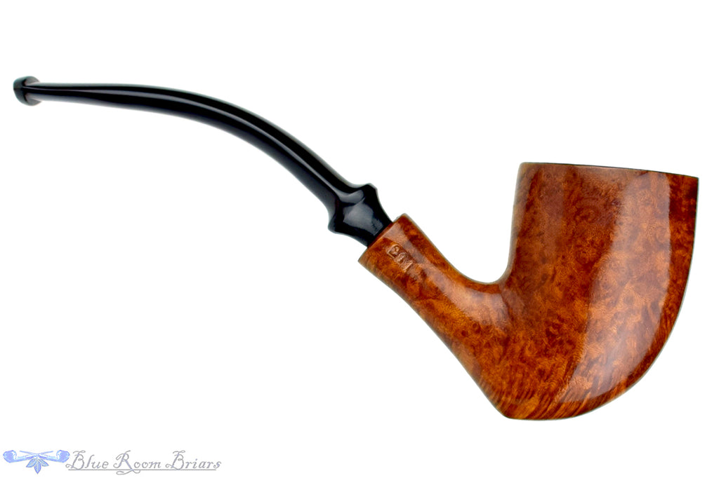 Blue Room Briars is proud to present this Hilson Avante 211 Tomahawk Estate Pipe