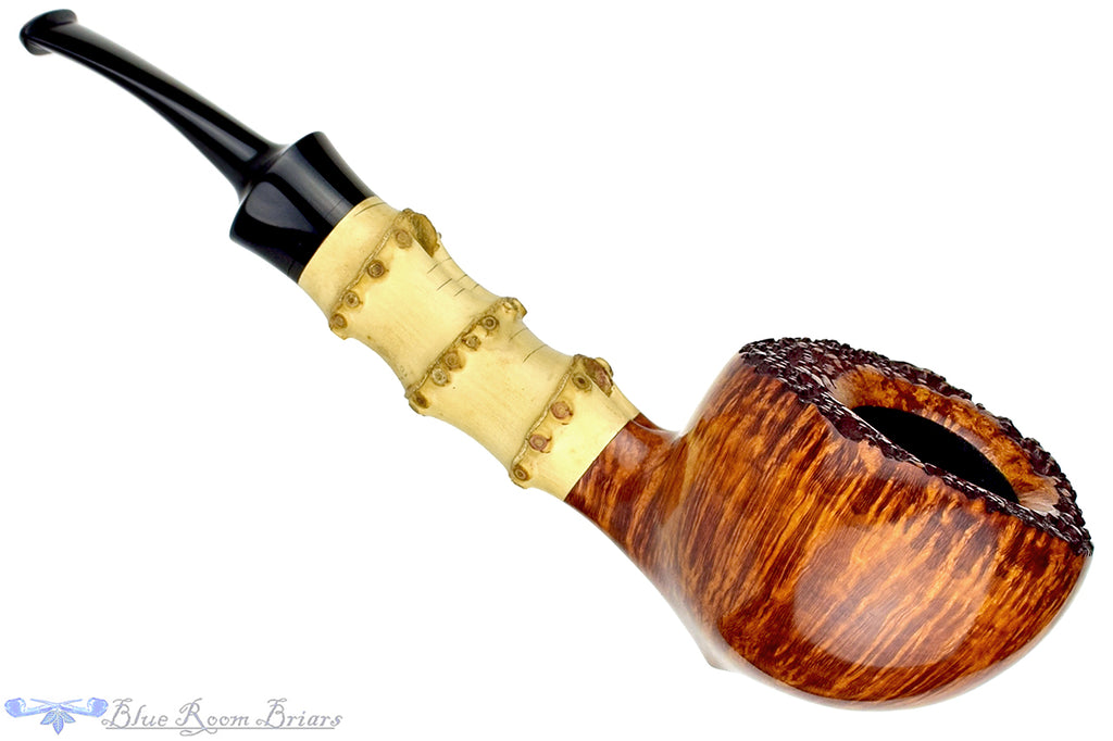 Blue Room Briars is proud to present this Jesse Jones Pipe Large Bamboo Acorn with Plateau