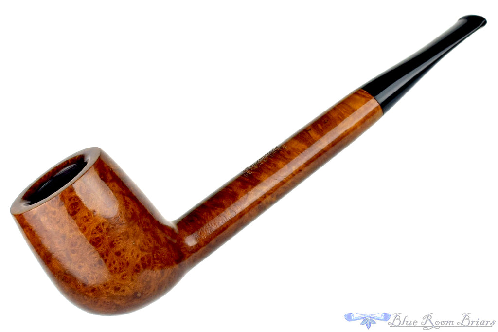 Blue Room Briars is proud to present this Savory's Semi-Matte 831 Canadian Estate Pipe
