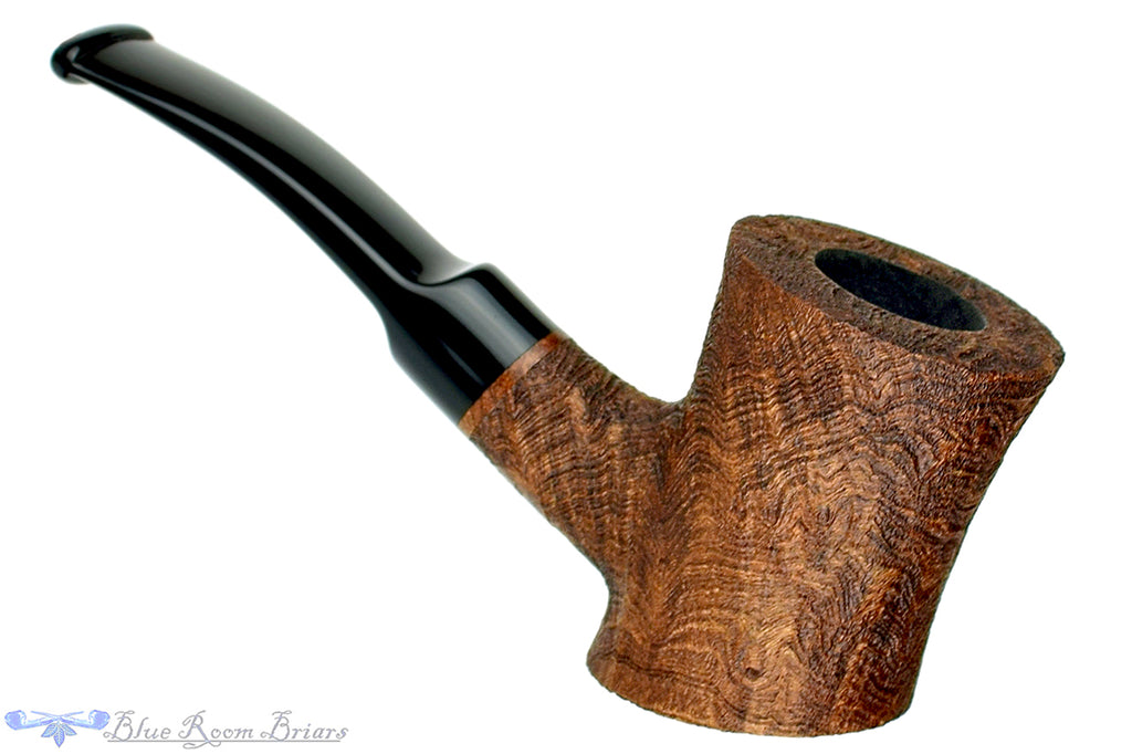 Blue Room Briars is proud to present this Vermont Freehand Pipe Sandblast Strawberry Wood Cherrywood