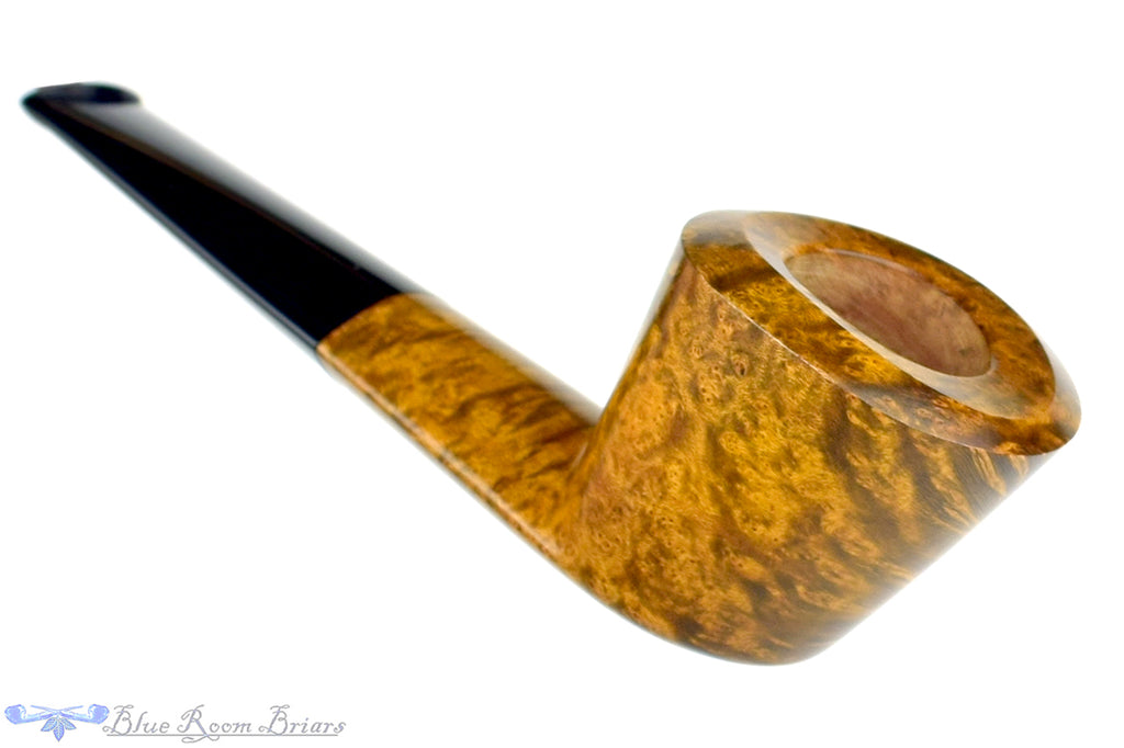 Blue Room Briars is proud to present this Marek Kando Pipe Straight Dublin