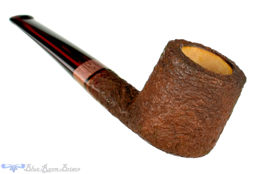 Blue Room Briars is proud to present this Marek Kando Pipe Rusticated Pot Nosewarmer with Exotic Wood