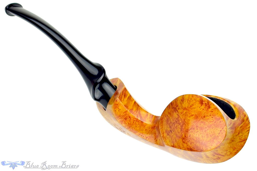 Blue Room Briars is proud to present this David S. Huber Pipe Smooth Blowfish