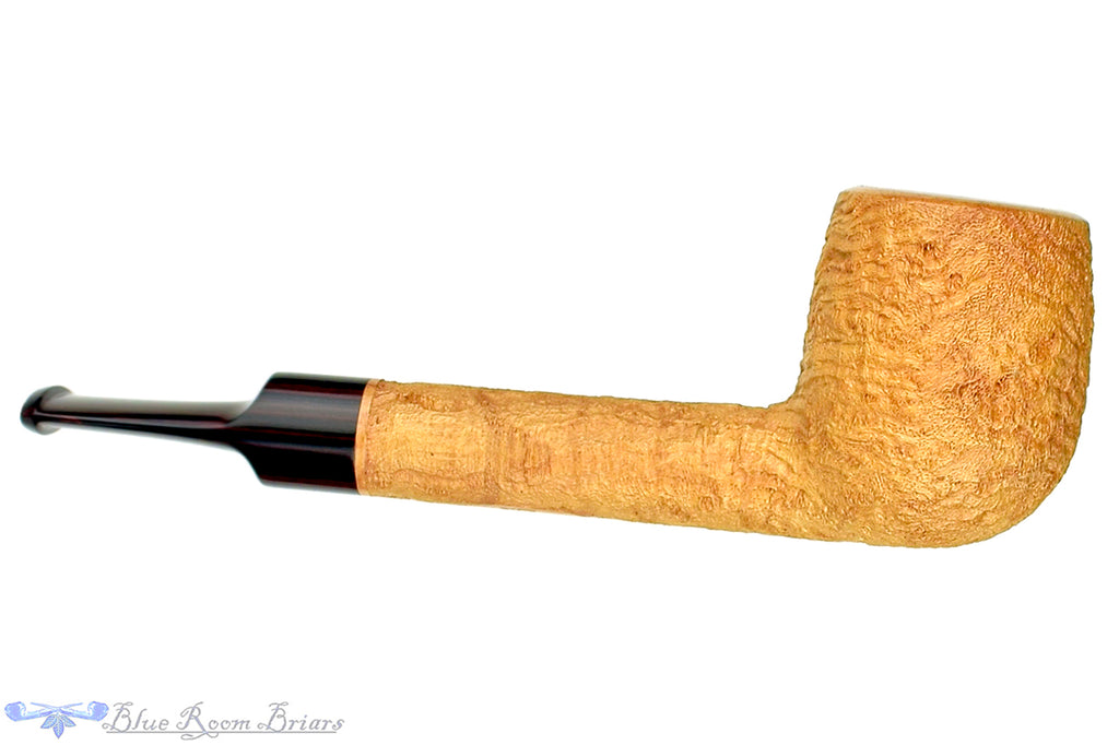 Blue Room Briars is proud to present this Jerry Crawford Pipe Natural Ring Blast Lovat with Brindle