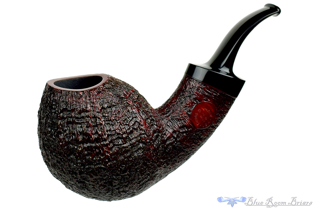 Blue Room Briars is proud to present this David S. Huber Pipe 1/2 Bent Sandblast Egg