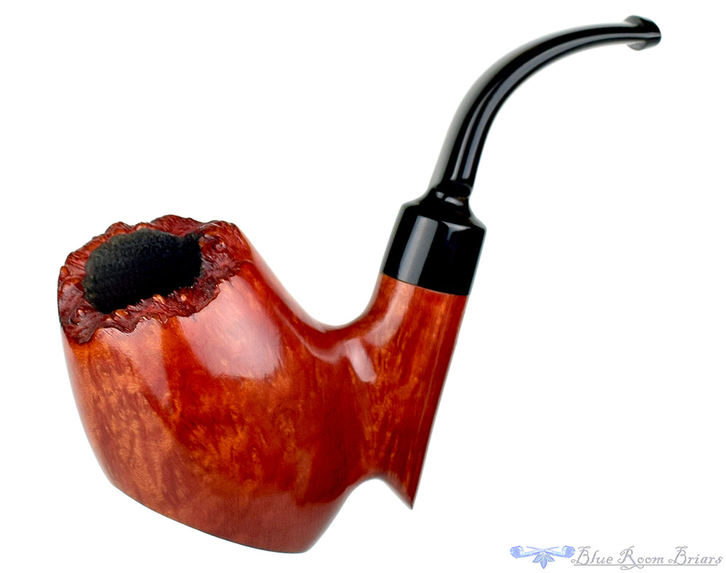 Blue Room Briars is proud to present this Wenhall 1/2 Bent Freehand Sitter Estate Pipe