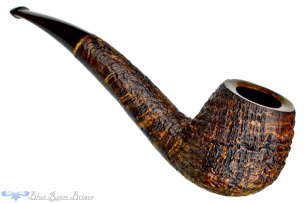 Blue Room Briars is proud to present this Jerry Crawford Pipe Ring Blast Hawkbill with Brindle