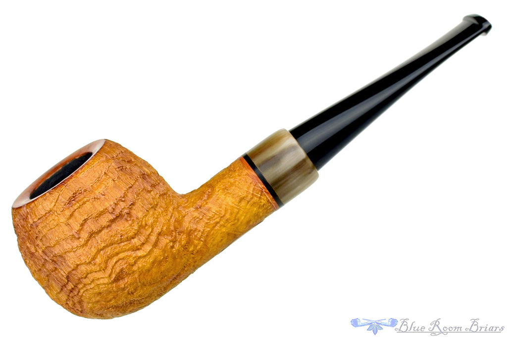 Blue Room Briars is proud to present this Jerry Crawford Pipe Tan Blast Apple with Ox Horn
