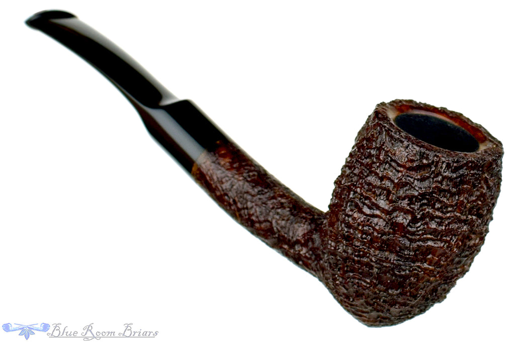 Blue Room Briars is proud to present this Clark Layton Pipe 1/8 Bent Ring Blast Acorn