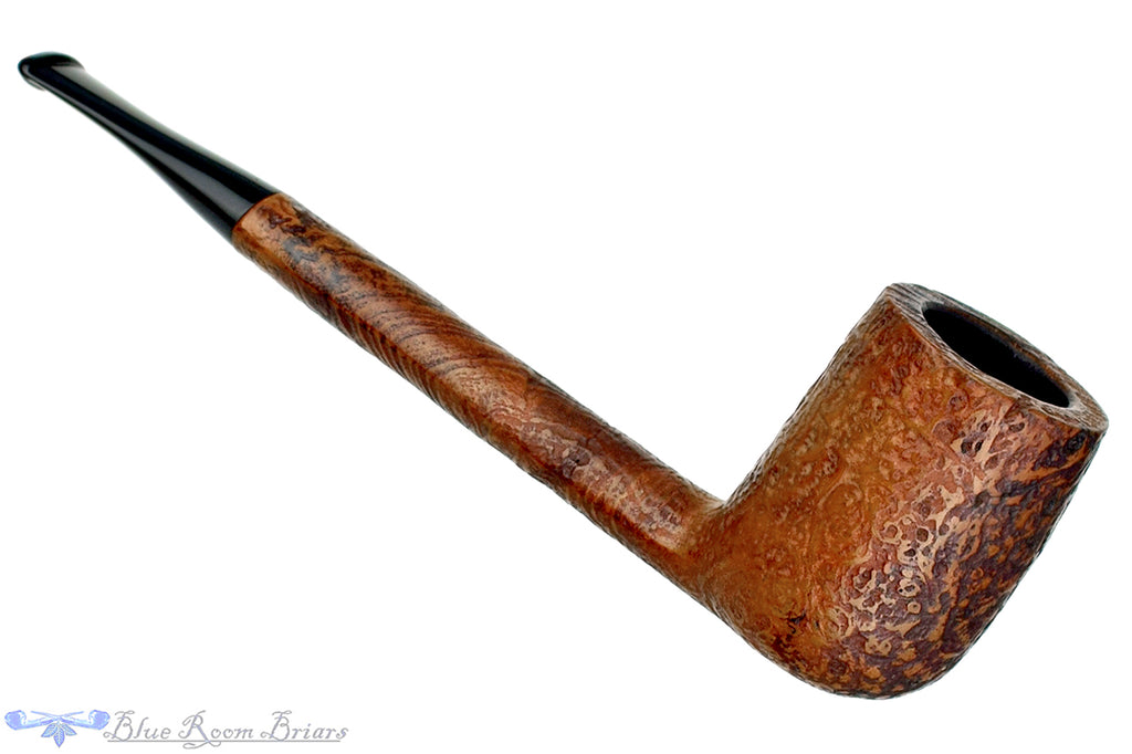Blue Room Briars is proud to present this Savinelli Classica 804 Sandblast Canadian Sitter Estate Pipe