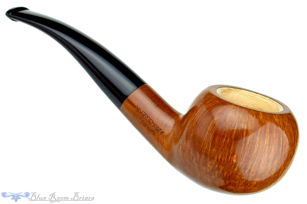 Blue Room Briars is proud to present this Manning's Author with Meerschaum Lining Estate Pipe