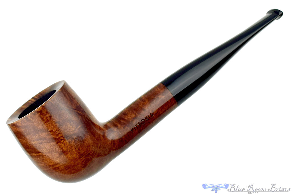 Blue Room Briars is proud to present this Rossi Vittoria (Savinelli) Pot Estate Pipe