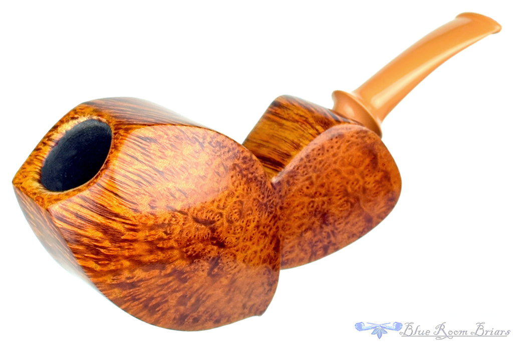 Blue Room Briars is proud to present this Tom Richard Pipe Smooth Crossgrain Blowfish