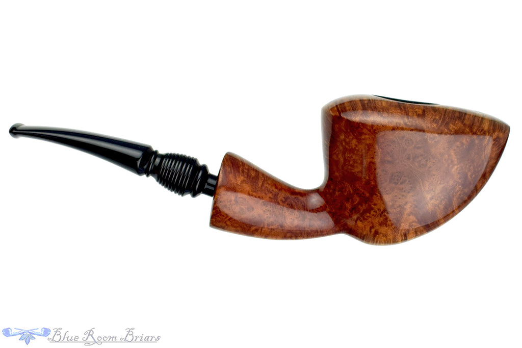 Blue Room Briars is proud to present this Knute Smooth Freehand Estate Pipe