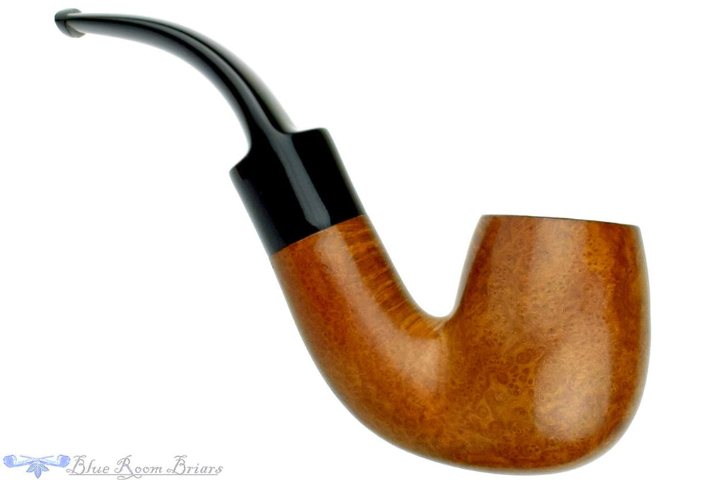 Blue Room Briars is proud to present this GBD New Era (1980s Make) 3/4 Bent Billiard Estate Pipe
