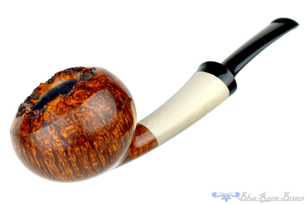 Blue Room Briars is proud to present this Jesek Pipes (Martin Paljesek) Tomato with Teardrop Antler Ferrule and Plateau