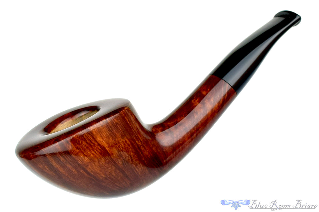Blue Room Briars is proud to present this RC Sands Pipe 1/4 Bent Straight Grain Short Horn