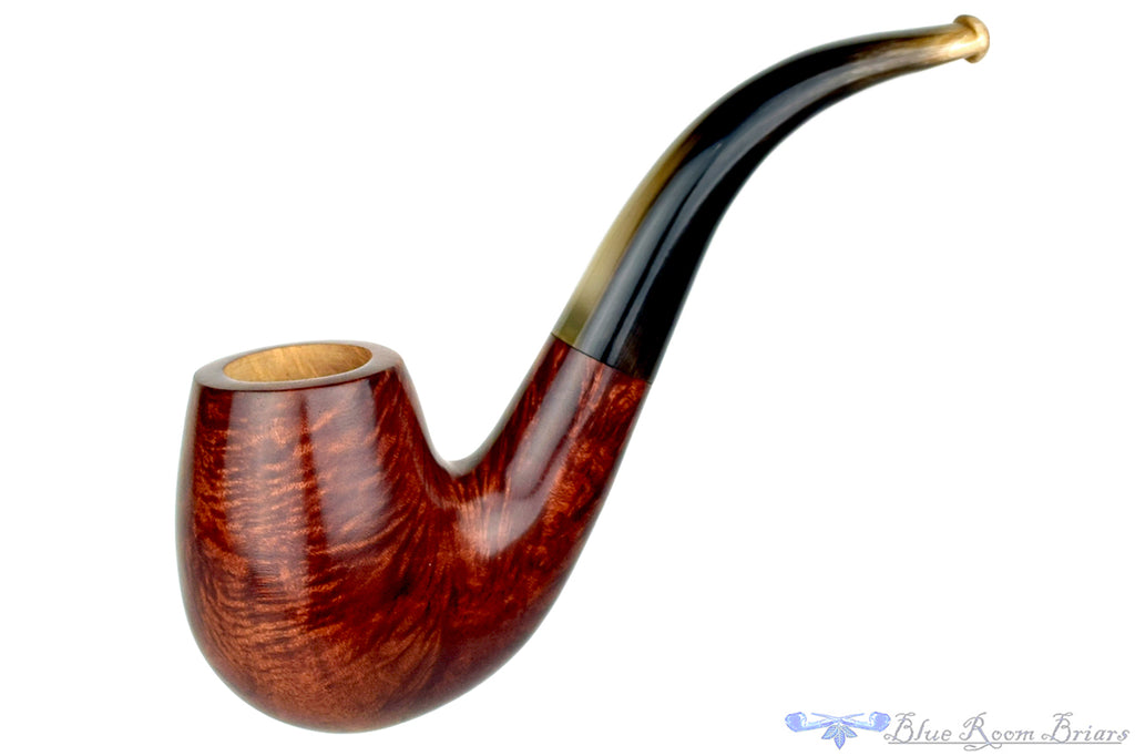 Blue Room Briars is proud to present this Genod Pipe 3/4 Bent Egg with Horn Stem