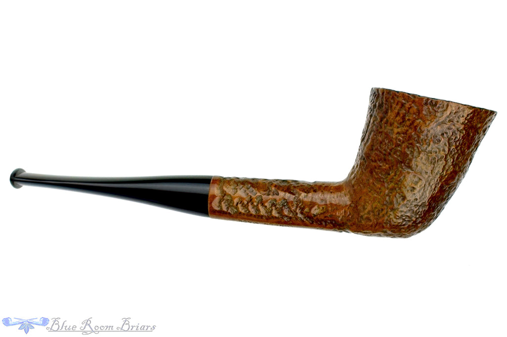 Blue Room Briars is Proud to Present this Vauxhall Christmas 1975 Sandblast Dublin Estate Pipe