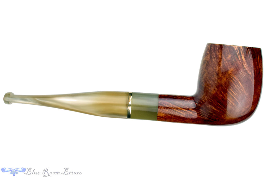 Blue Room Briars is Proud to Present this Chianti Fino Billiard with Brass Insert Estate Pipe