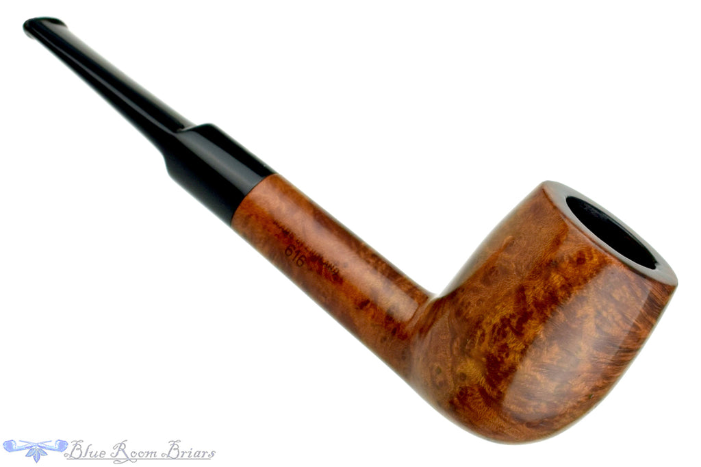 Blue Room Briars is proud to present this BBB 616 Billiard Estate Pipe