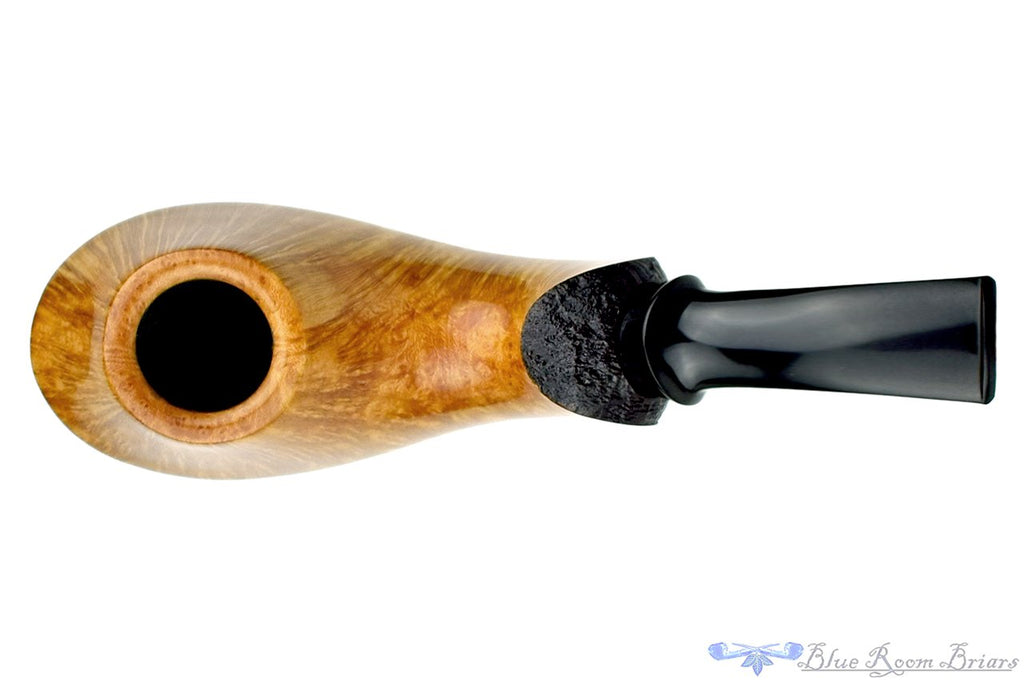 Blue Room Briars is proud to present this Clark Layton Pipe Two Toned Whiptail Volcano