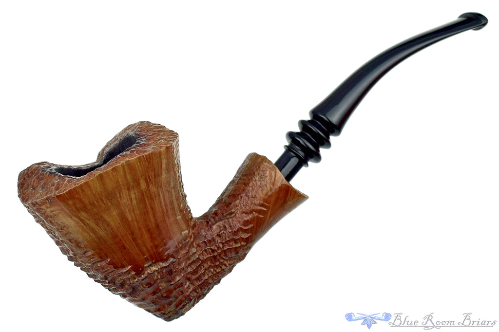 Blue Room Briars is proud to present this Ben Wade Danish Pride Golden Tan 1/4 Bent Partial Ring Blast Dublin Estate Pipe