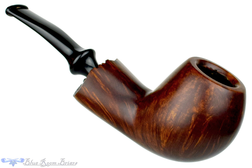 Blue Room Briars is Proud to Present this RC Sands Pipe 1/4 Bent Apple with Plateau