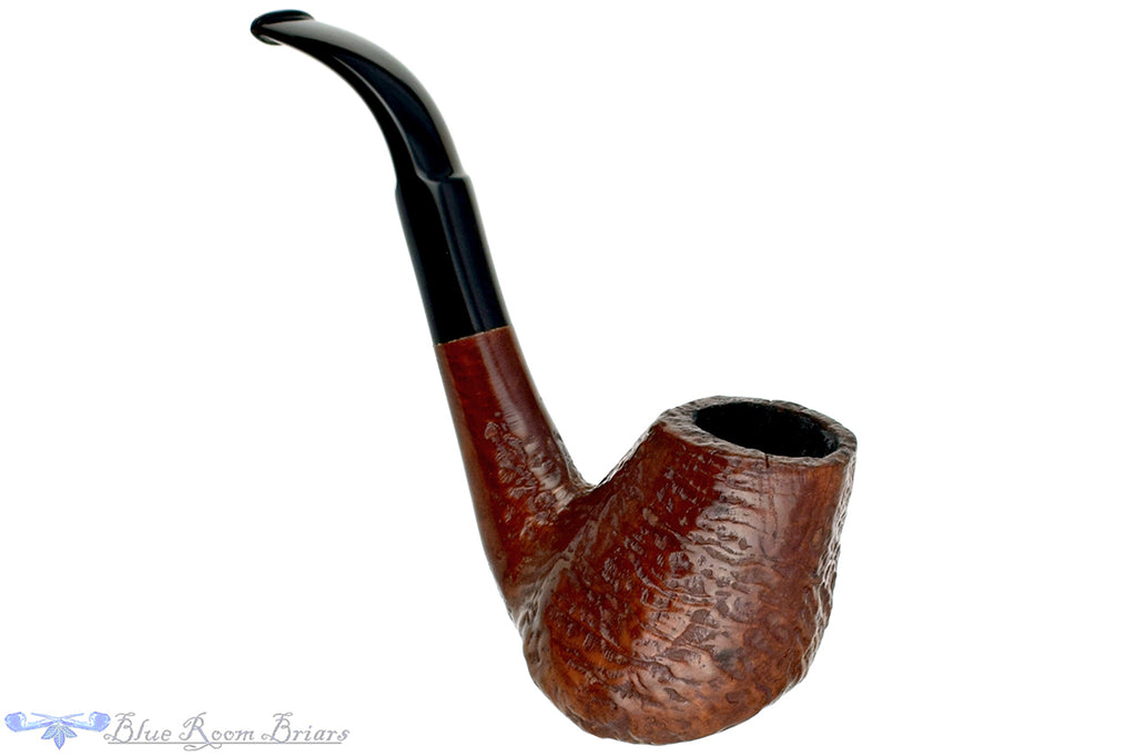 Blue Room Briars is proud to present this Frasorteret 3/4 Bent Sandblast Saxophone Estate Pipe