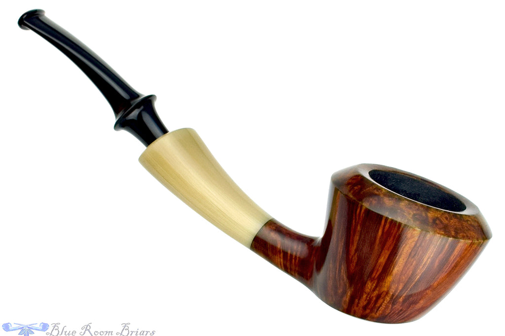Blue Room Briars is proud to present this Nate King Pipe 548 High-Contrast Dublin with Horn