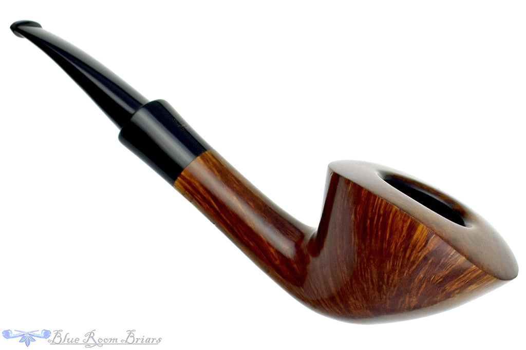Blue Room Briars is proud to present this Ben Wade Prominence 1/4 Bent Dublin with Replacement Stem Estate Pipe