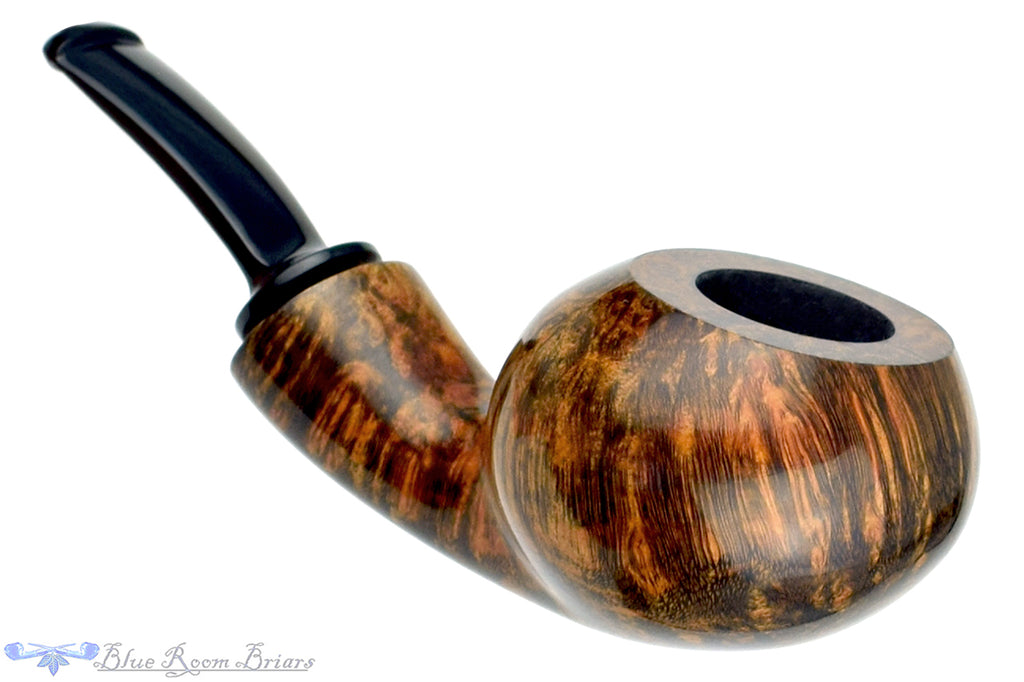 Blue Room Briars is proud to present this Benjamin Westerheide Pipe 1/4 Bent Squat Tomato with Brass