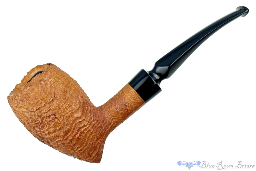 Blue Room Briars is proud to present this Blue Room Briars Pipe 4520 1/8 Bent Sandblast Freehand with Plateau