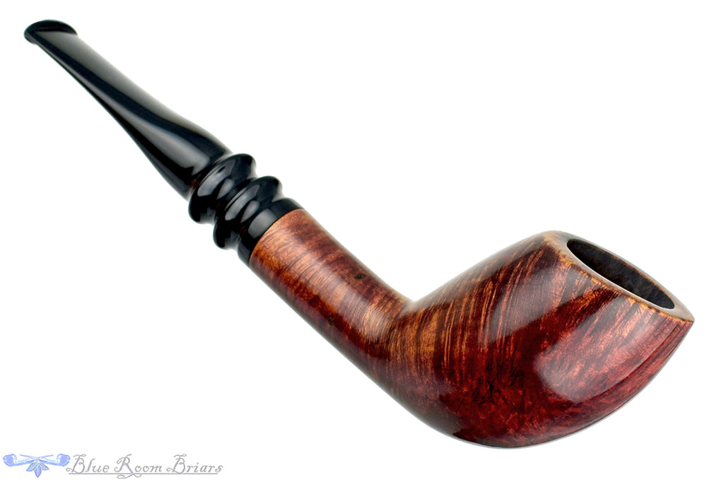 Blue Room Briars is proud to present this GA *** Cutty Estate Pipe