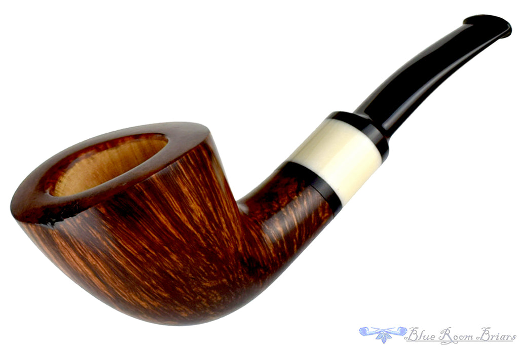 Blue Room Briars is proud to present this Charl Goussard Pipe 1/4 Bent Dublin with Plateau