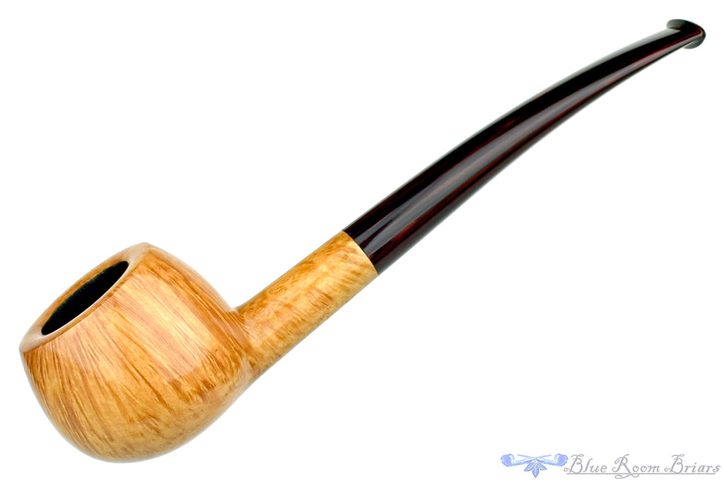 Blue Room Briars is proud to present this Jesse Jones Pipe Smooth Natural Prince with Brindle